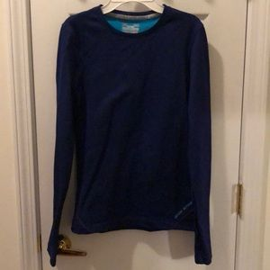 Under Armour fitted shirt size medium